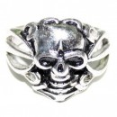Стальной перстень с черепом